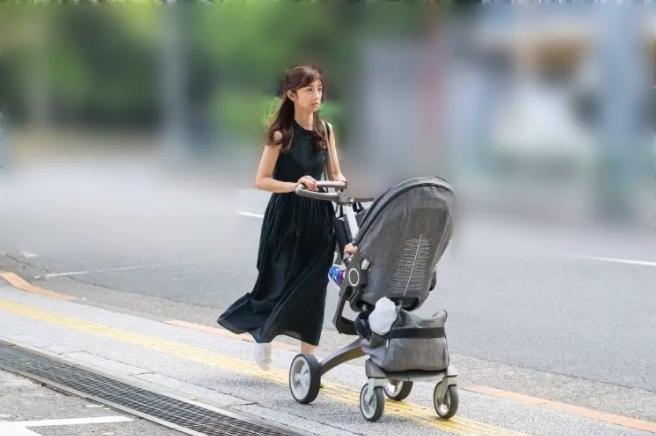 小倉優子、インスタで意味深発言|1ヶ月前までラブラブだったのに、なぜ?