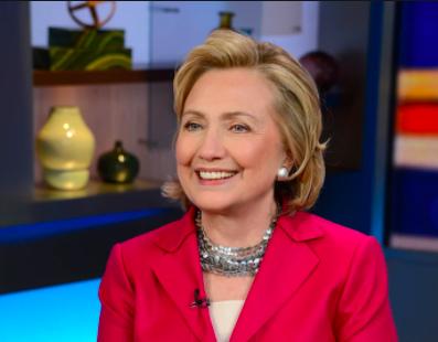 小池都知事がファッションで意識しているアメリカの政治家、ヒラリー・クリントン