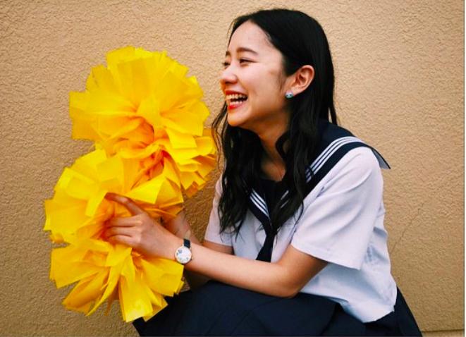 堀田真由、高校は滋賀から「日出高校芸能コース」転入|同級生はまさかのあの人